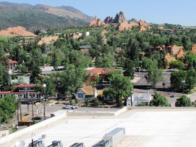 3320 W. Colorado Ave., Colorado Springs, CO 80904