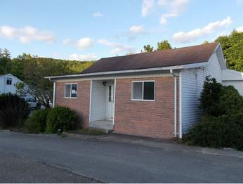 107 Williams Addition, Fairview, WV 26570